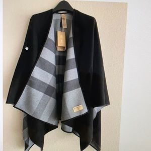 Burberry black reversible check merino wool wrap